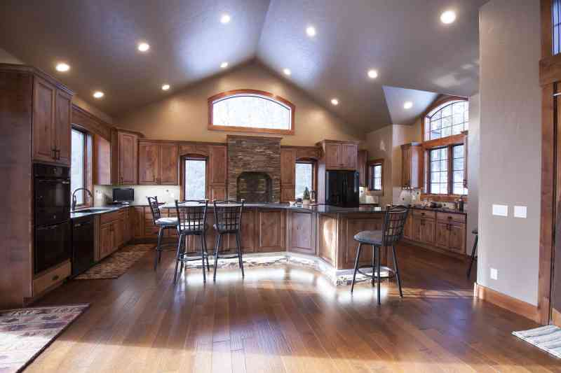 The spacious kitchen opens up to the living room and is perfect for entertaining lots of guests!